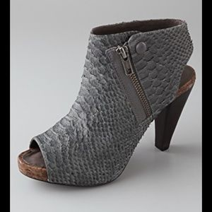 JOIE she's Electric snake stiletto booties 37 6.5